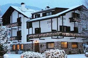 Lyžařský pobyt v Itálii/Val di Fiemme: 8 dní pro 1 os. + snídaně...