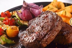Steak včetně přílohy a dezertu pro 1 osobu ve Strašnicích...