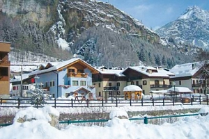 Itálie v rodinném Hotelu La Val s polopenzí jen 500 m od lyžařského vleku...