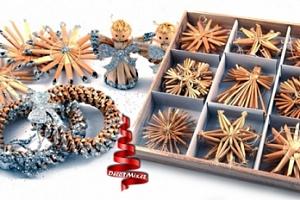 Vánoční slaměné ručně vyráběné ozdoby, různé sady a barevné zdobení...