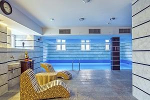 Královská Wroclaw v hotelu s orientálním nádechem s bazénem, saunou a párou neomezeně a polopenzí...