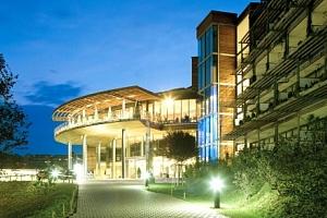 Rakousko v Hotelu Das Sonnreich **** s polopenzí plus a neomezeným wellness...