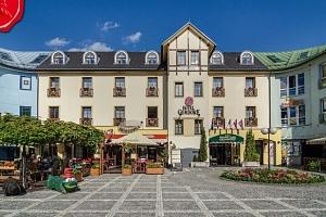 Březen a duben v centru Vrchlabí s wellness v Hotelu Gendorf ***...