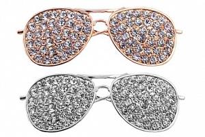 brož brýle...