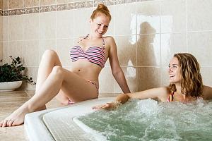 Hotel Adamantino*** u Luhačovické přehrady s wellness...