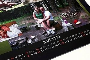 Kvalitní fotokalendáře z vlastních fotografií ve formátech A3 a A4, kovová kroužková vazba....
