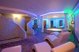 Vysoké Tatry: Hotel Nezábudka *** u ski areálu s polopenzí a wellness neomezeně...