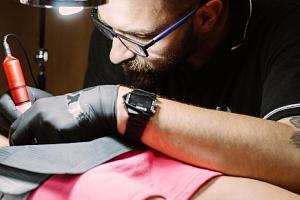 Tetování dle vlastního výběru ve studiu Tx5 v Olomouci...