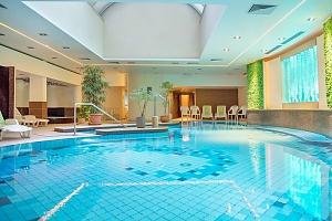 Maďarský Hévíz ve 4* hotelu s neomezeným wellness a polopenzí + dítě do 5,9 let zdarma...