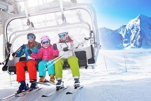 Itálie: Dolomity v Hotelu Garní Al Nardis *** se snídaní blízko skiareálu...