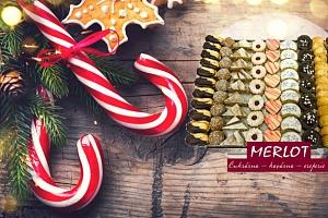 1 kg ručně vyráběného vánočního cukroví z cukrárny Merlot v Praze...