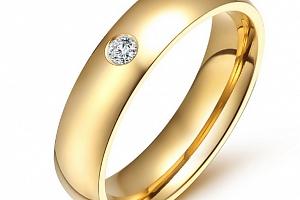 Dámský prsten z chirurgické oceli se zirkonem v imitaci diamantu- zlatý SR000022 Velikost: 8...