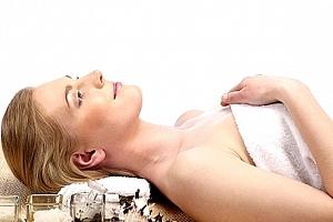 Protivráskové anti-age kosmetické ošetření pleti přírodními oleji a možností ošetření rukou....