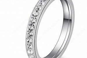 Decentní prsten z chirurgické oceli s malými zirkonky SR000048 Velikost: 11...