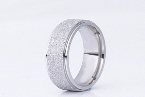 Prsten z pískované chirurgické oceli- stříbrný SR00008 Velikost: 10...
