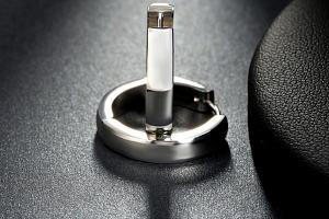 Ziskoun náušnice- kruhy z chirurgické oceli ve stříbrném provedení SE000046...