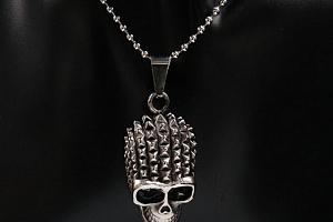 Ziskoun řetízek s přívěskem lebky z chirugickém oceli PN000039...