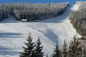 Parkhotel Harrachov*** 300 m od skiareálu Čertova hora a polopenzí...
