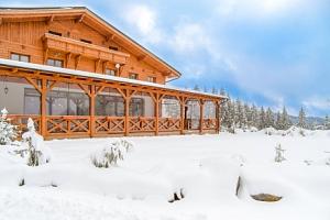 Beskydy blízko ski areálů v Hotelu Martiňák *** s polopenzí a Beskydy Card...