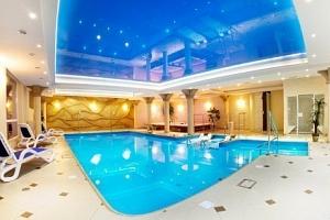 Polsko: luxus v lázeňském městě u hranic s wellness v Hotelu Adam & Spa ***...