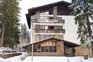 Šumava v hotelu Stella *** s polopenzí a saunou + koloběžky a kola k půjčení...