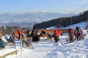Celodenní skipas do ski areálu Opálená v Beskydech...