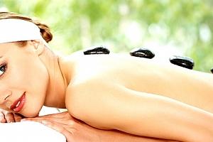 Relaxační masáž zad a šíje dle vlastního výběru - 50min. Klasická, medová, čokoládová, lávové kameny...