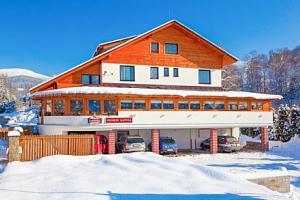 Krkonoše jen 850 m od ski areálu v Penzionu Matula s polopenzí a řadou výhod...
