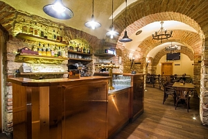 Restaurace Zubajda v Praze na Smíchově - 30% sleva na jídlo a pití...