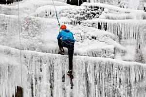 Kurz ledového lezení...
