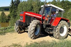 Jízda traktorem...