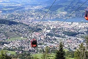 3denní zájezd do Švýcarska pro jednoho, lanovkou na vrchol Pilatus, jízda zubačkou, spousta jezer....