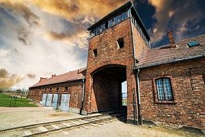 1denní výlet do koncentračního tábora Osvětim a Březinky...