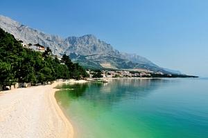 Chorvatsko: Apartmani Kraris u Karlobagu pro 2 - 5 osob jen 200 metrů od moře...