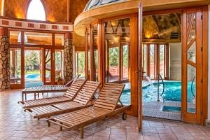Bük: Hotel Piroska **** s neomezeným wellness, polopenzí i vstupenkou do lázní...