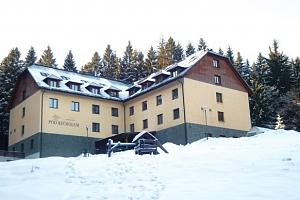 Hotel Pod Kyčmolem**** v Beskydech s wellness a polopenzí...