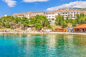 Chorvatsko v Hotelu Zagreb *** na pláži s bazény a all inclusive + dítě zdarma...