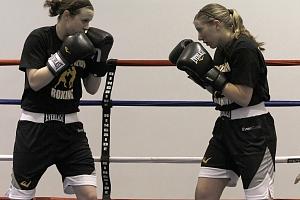 Zážitkový trénink boxu pro ženy a dívky v Ostravě...