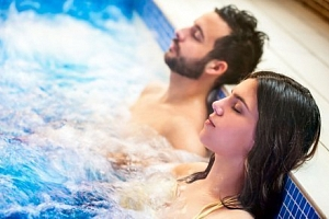 Hévíz v Hotelu Ágnes *** s wellness, vstupem k termálnímu jezeru a polopenzí...