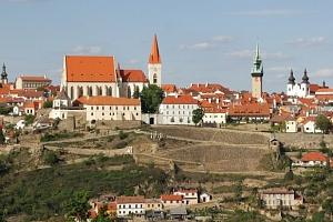 Neomezená konzumace vín v hotelu Weiss Lechovice na jižní Moravě...