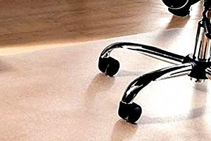Ochranná podložka pod židli do bytu nebo kanceláře. Vyberte si matnou nebo lesklou variantu....