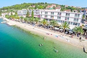 Chorvatsko na 4 či 8 dní v Hotelu Posejdon *** přímo na pláži s all inclusive...