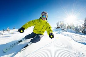 Jezerní penzion Lipno *** s polopenzí a úschovnou lyží jen 12 km od ski areálu...