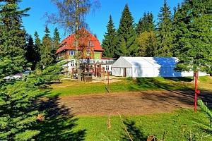 Velikonoce v Krkonoších pro 2 + 2 děti do 12 let zdarma s polopenzí a saunou...