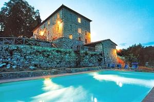 Toskánsko v romantickém Hotelu Villa Casalta s bazénem a snídaní na 4 dny...
