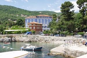 Chorvatsko v Hotelu Park **** Lovran s polopenzí a bazénem jen 50 m od moře...
