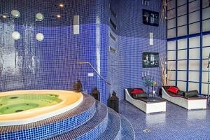 Mariánské Lázně: luxus v Golf Hotelu Morris **** s polopenzí a procedurami...
