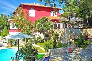Kupon na slevu: dovolená v Chorvatsku pro dva a dítě do 5 let zdarma, s vlastním bazénem....