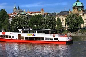 Vyhlídkové plavby v Praze na Vltavě s výkladem či rautem...