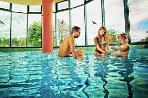 Lázně Bük v penzionu s vířivkou, bazénem a snídaní/polopenzí + varianty se vstupem do termálů...